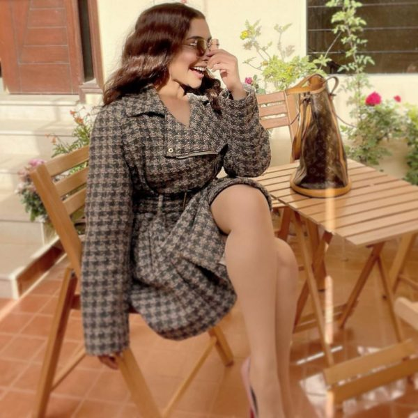 Unique Photos Of Daring And Lovely Actress Maira Khan