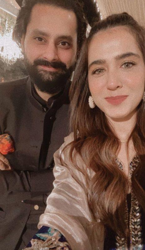 Mansha Pasha's Lovely Photos Makes Round On Internet