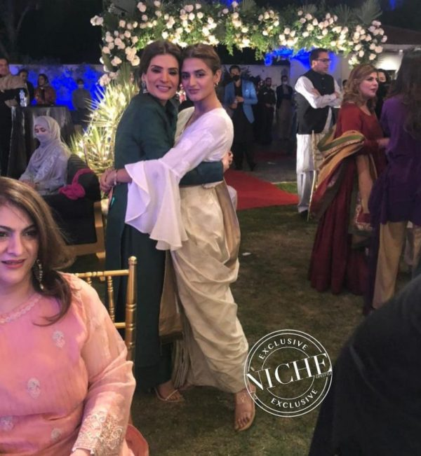 Hira Mani & Resham Steal at Fawad Chaudhary Birthday Party