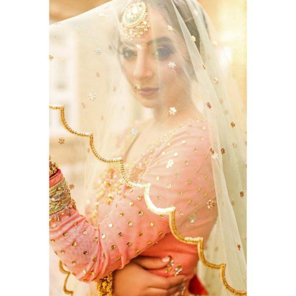 Sarwat Gillani Looking Like A Dream Girl In Latest Photoshoot