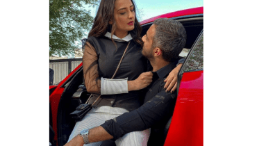 The Fashionista Poses Of Momal Shiekh With Her Husband