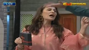 Nausheen Shah Got Angry On Aamir Liaquat During Live Show