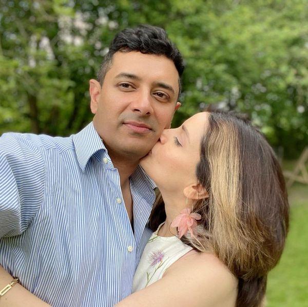 Armeena Khan Kisses Her Husband At Public Place