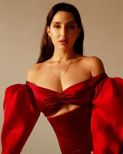 Nora Fatehi Shares Sizzling HOT Photos in Animal Print