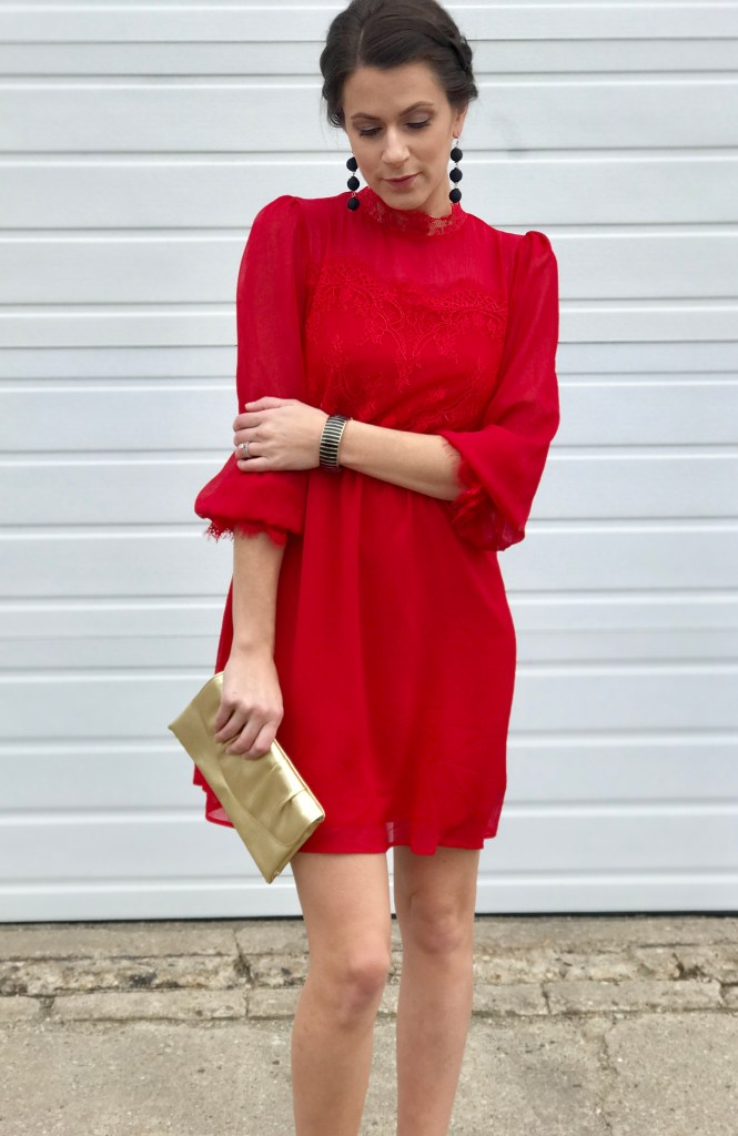 Red Lace Dress – Perfect For Valentine's Day
