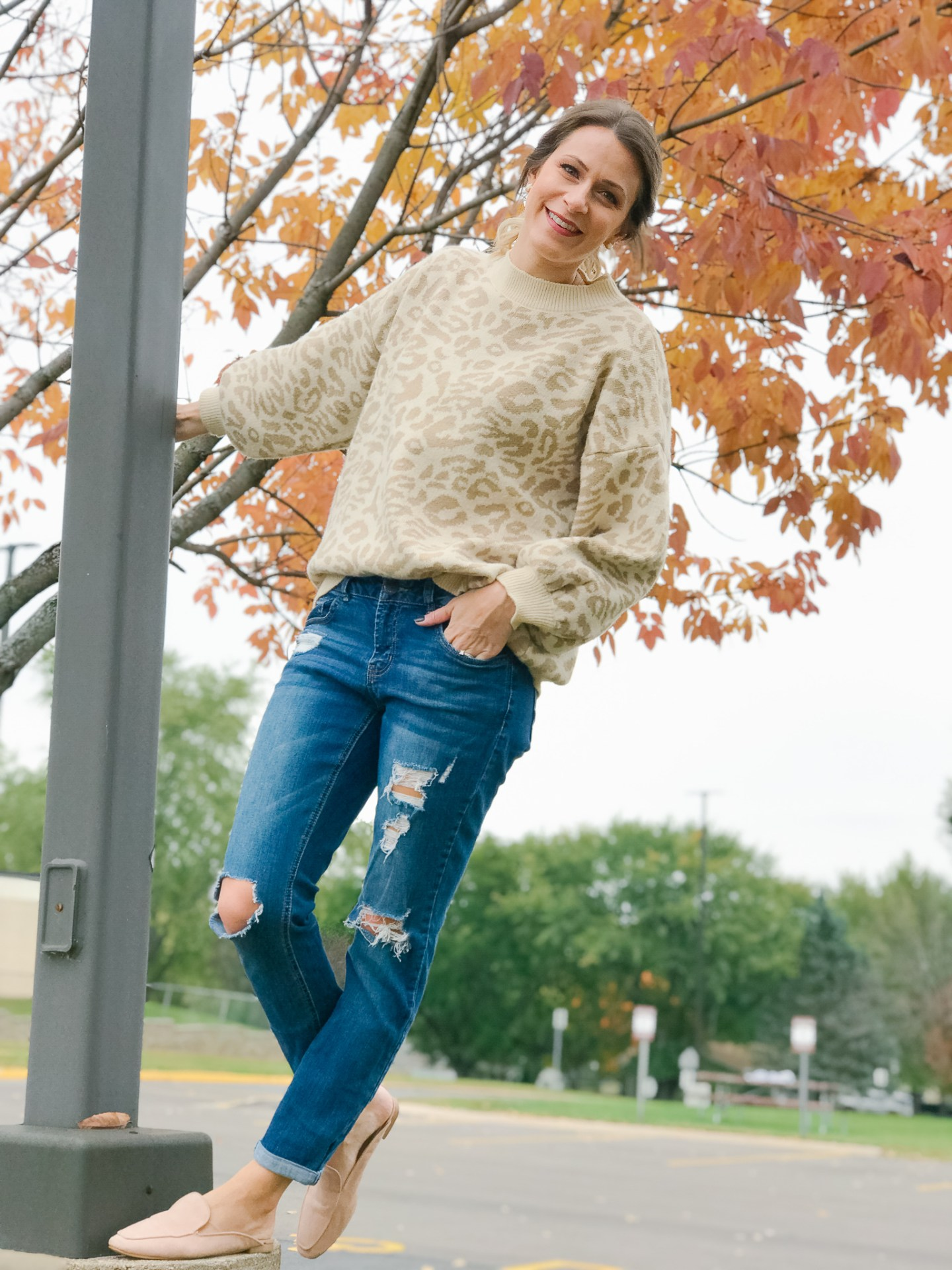 Casual Leopard Sweater Style