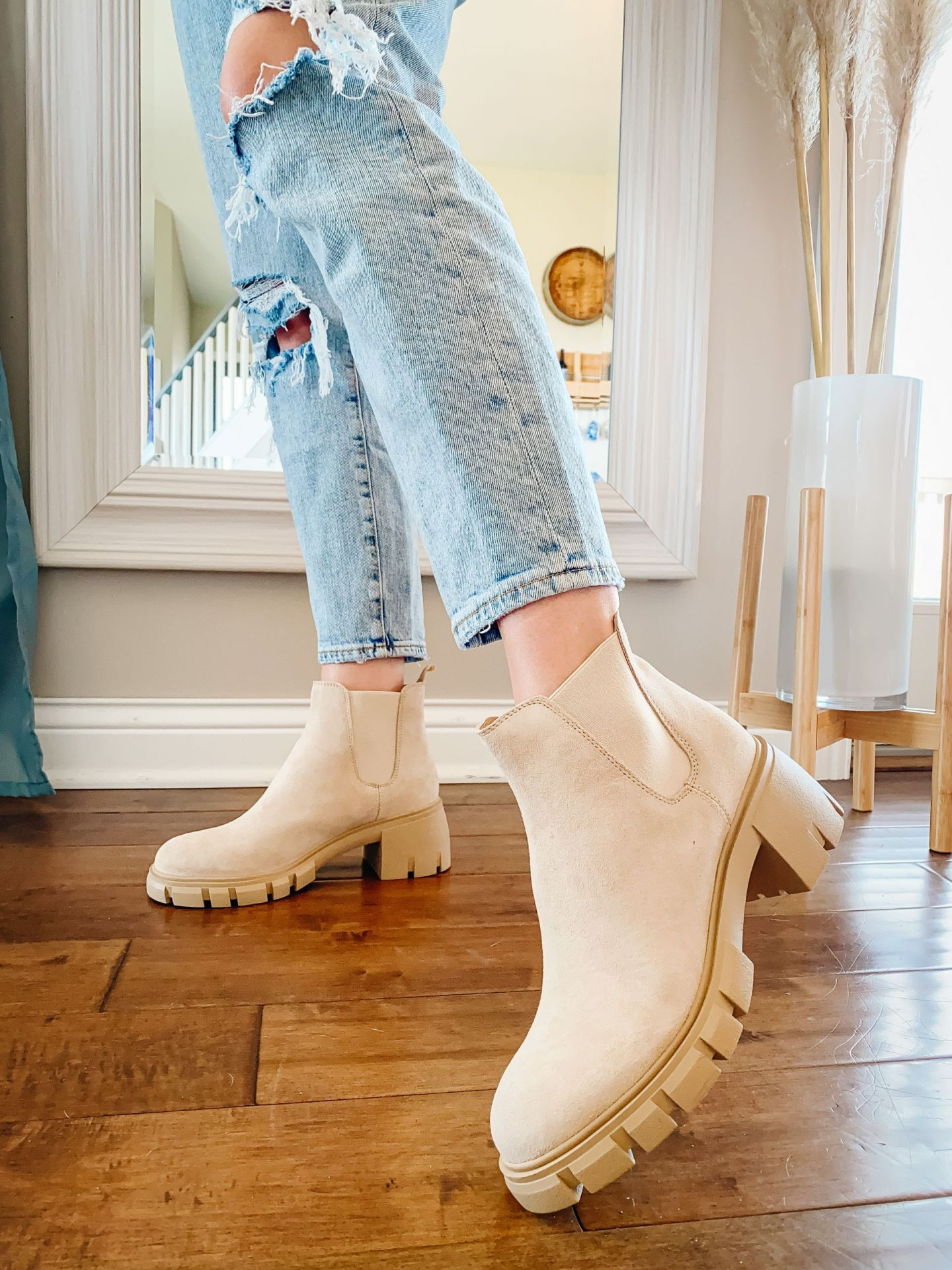 5 Ways To Style Boots In The Spring