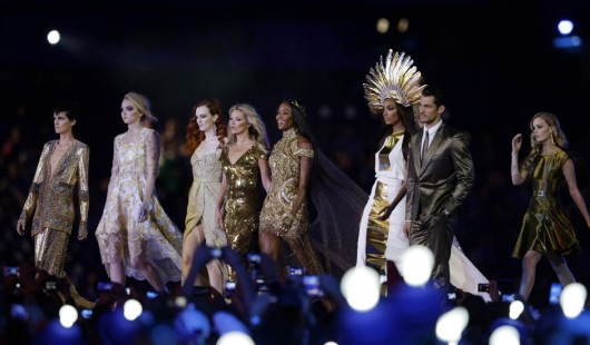 london-olympics-closing-ceremonies-supermodels