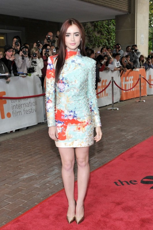 lily-collins-tiff-2012