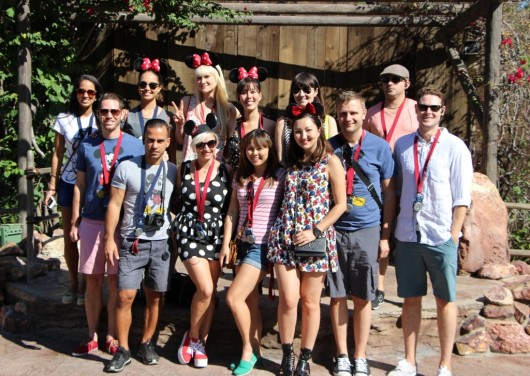 disneyland-minnie-ears-bloggers