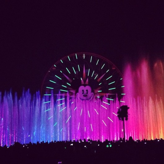 disneyland-world-of-color