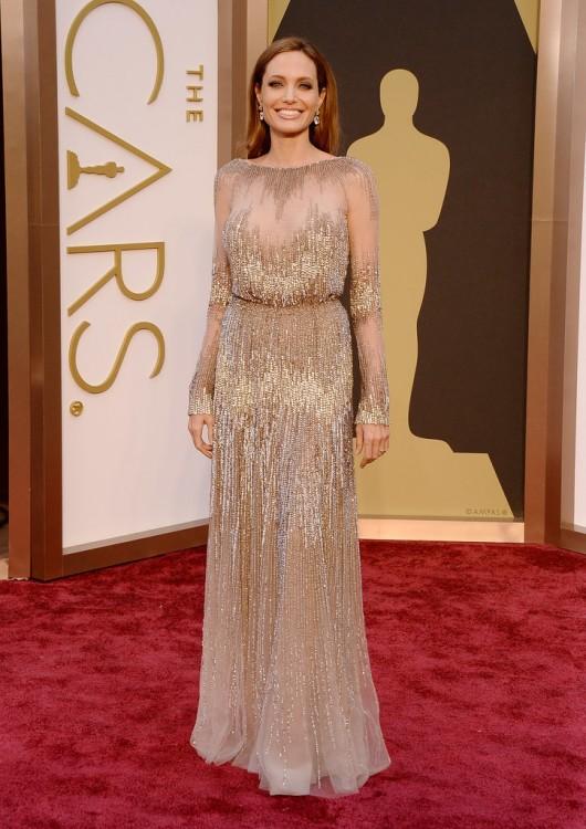 Angelina-Jolie-2014-Oscars-elie-saab