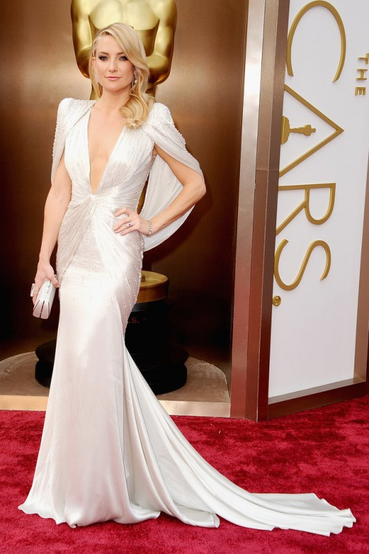 Kate-Hudson-2014-Oscars-Versace