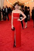 Anne-Hathaway-2014-Met-Gala