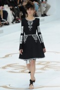 chanel-haute-couture-fall-2014-13