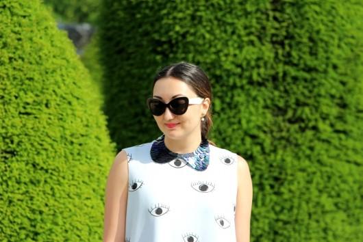 zara-eye-dress-paris-3