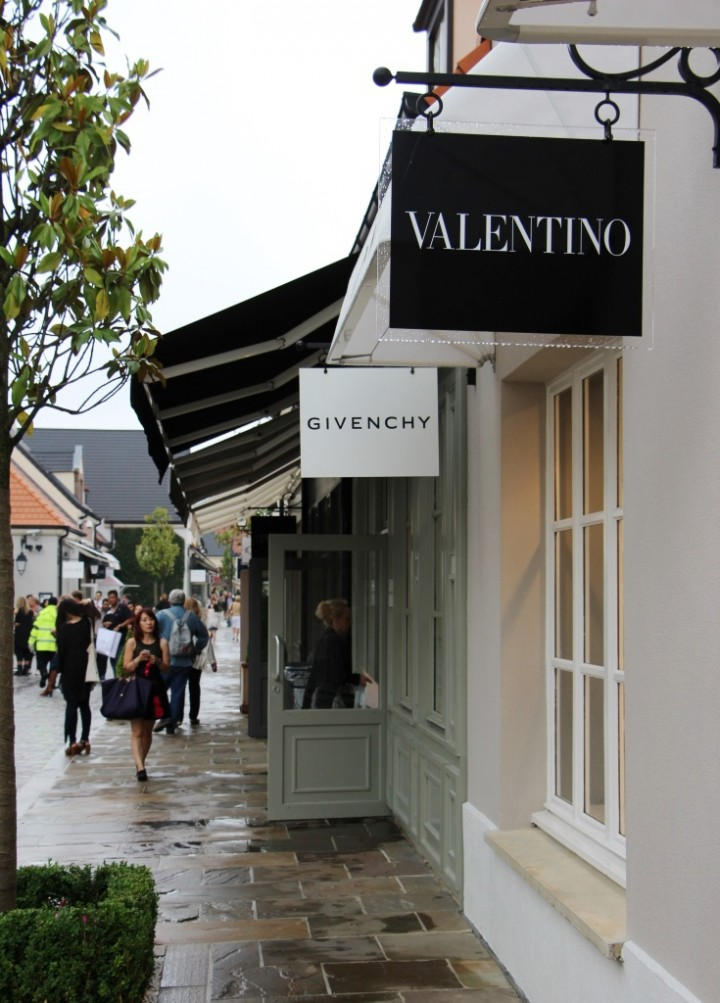 la-vallee-village-designer-outlets-paris-5