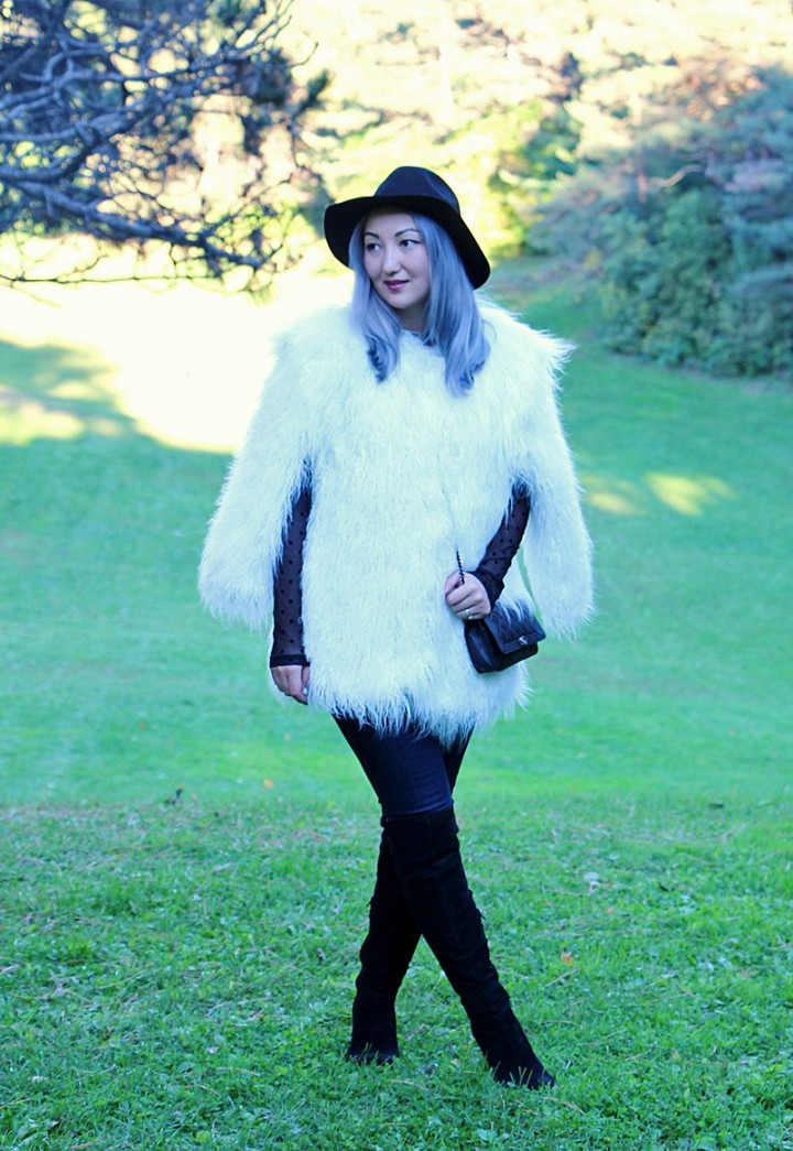 h&m-studio-faux-fur-jacket-cape-over-the-knee-boots-4