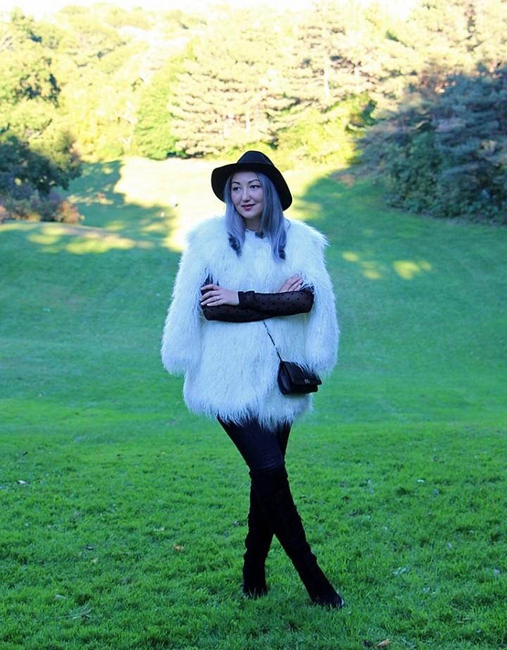 h&m-studio-faux-fur-jacket-cape-over-the-knee-boots-6