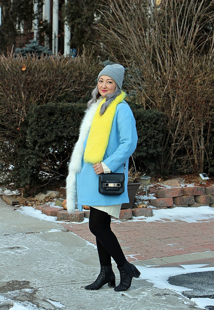 blue-coat-prada-fur-stole-silver-hair-3