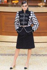 chanel-fall-2015-brasserie-collection-21