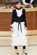 chanel-fall-2015-brasserie-collection-3