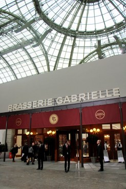 discover-chanel-brasserie-gabrielle-show
