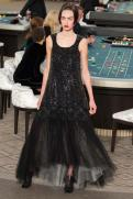 chanel-haute-couture-fall-2015-casino-chanel-10
