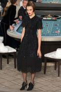 chanel-haute-couture-fall-2015-casino-chanel-17