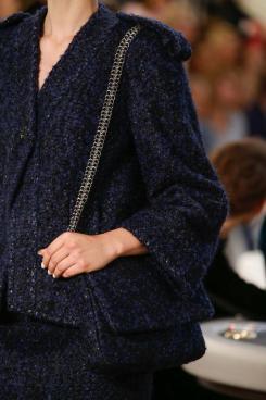 chanel-haute-couture-fall-2015-casino-chanel-details-4