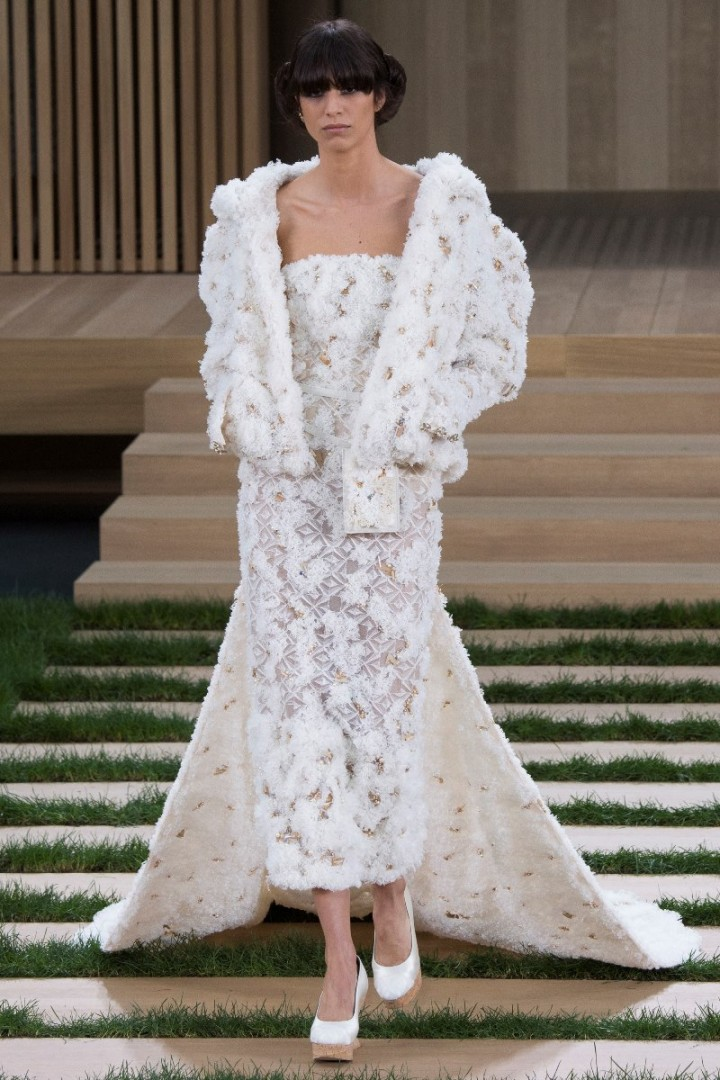 chanel-haute-couture-spring-2016-12