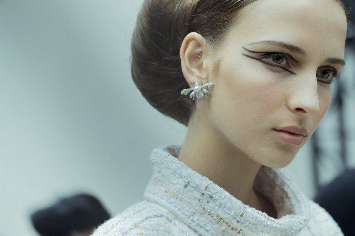 chanel-spring-2016-couture-backstage