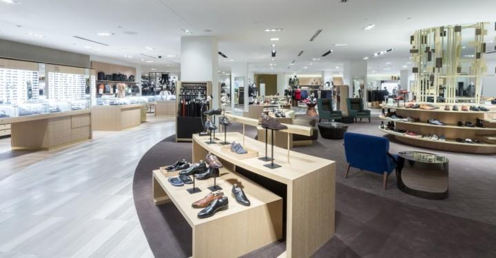 Saks Fifth Avenue Toronto_Eaton_Centre_Canada_queen_st (2)
