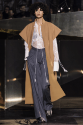hm-studio-aw-fall-2016-paris-fashion-week (14)