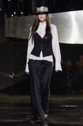 hm-studio-aw-fall-2016-paris-fashion-week (23)