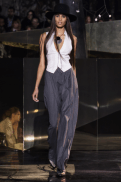 hm-studio-aw-fall-2016-paris-fashion-week (24)
