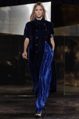 hm-studio-aw-fall-2016-paris-fashion-week (40)