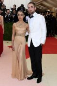 met-gala-2016-fka-twigs-robert-pattinson