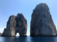 boating-in-capri-what-to-wear-11