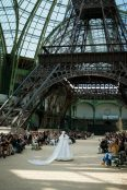 chanel-fall-2017-haute-couture-eiffel-tower2