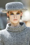 chanel-fall-2017-haute-couture-hat