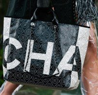 Chanel-Spring-Summer-2018-Collection-bags-logo-tote
