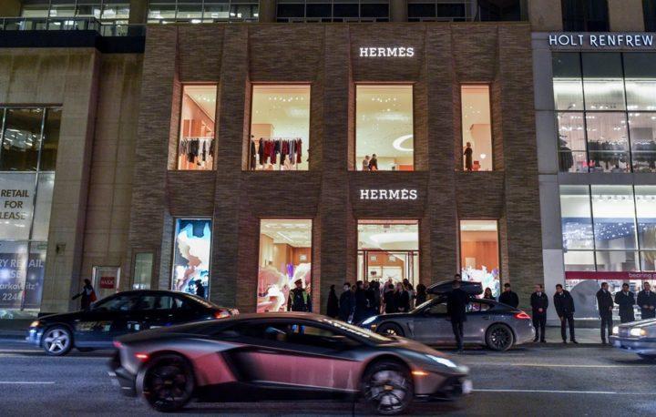 Hermes-Toronto-100-Bloor-Street-West