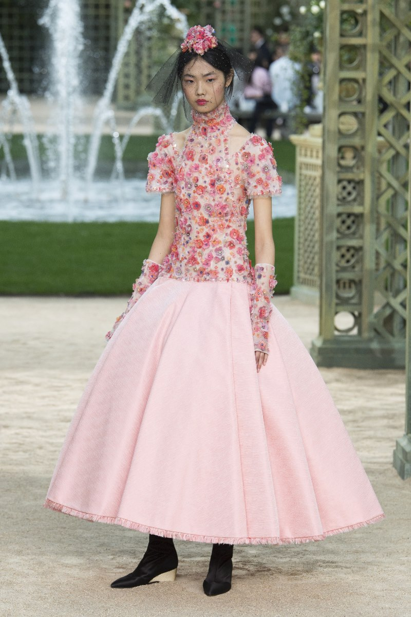 Chanel haute couture spring 2018 collection style blog for Haute couture today