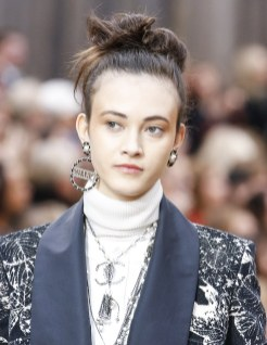 chanel-fall-winter-2018-collection-jewelry2