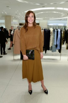 Holt-Renfrew-VOGUE-pop-up-Evie Begy