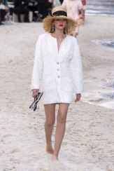 chanel-spring-2019-by-the-sea6