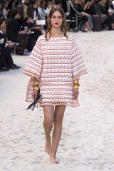 chanel-spring-2019-by-the-sea7