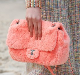 chanel-spring-2019-fuzzy-bag-pink