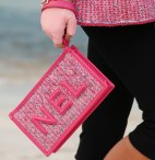 chanel-spring-2019-nel-clutch